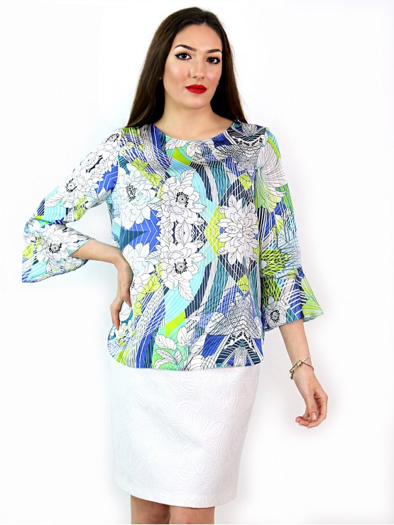 Women's blouse with 7/8 bell sleeves and geometry prints